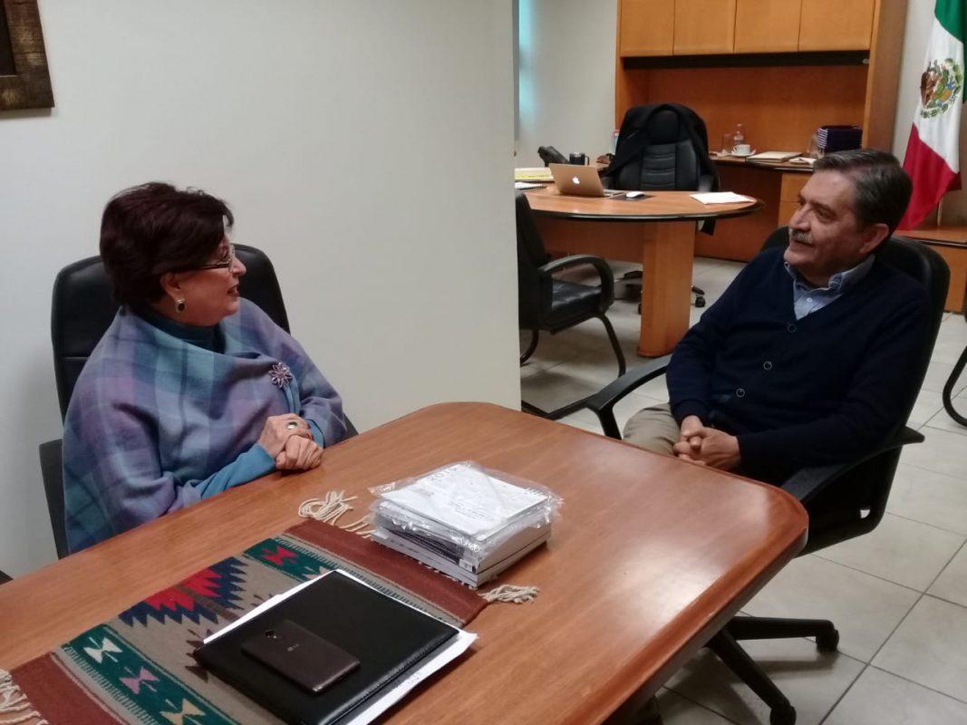 Dra. Rosalinda Salinas Treviño se reúne con el Rector de la Universidad La Salle Victoria.